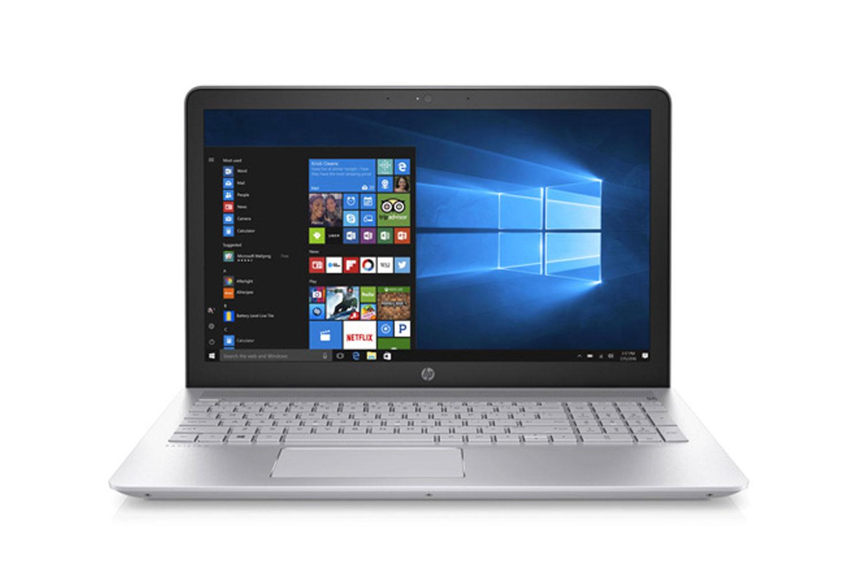 """Laptop HP 15-cc011TU i3-7100U/ 4GB/ 128GB/ 15.6""""HD/ Intel HD Graphics 620/ Bạc/ 15 tháng"""